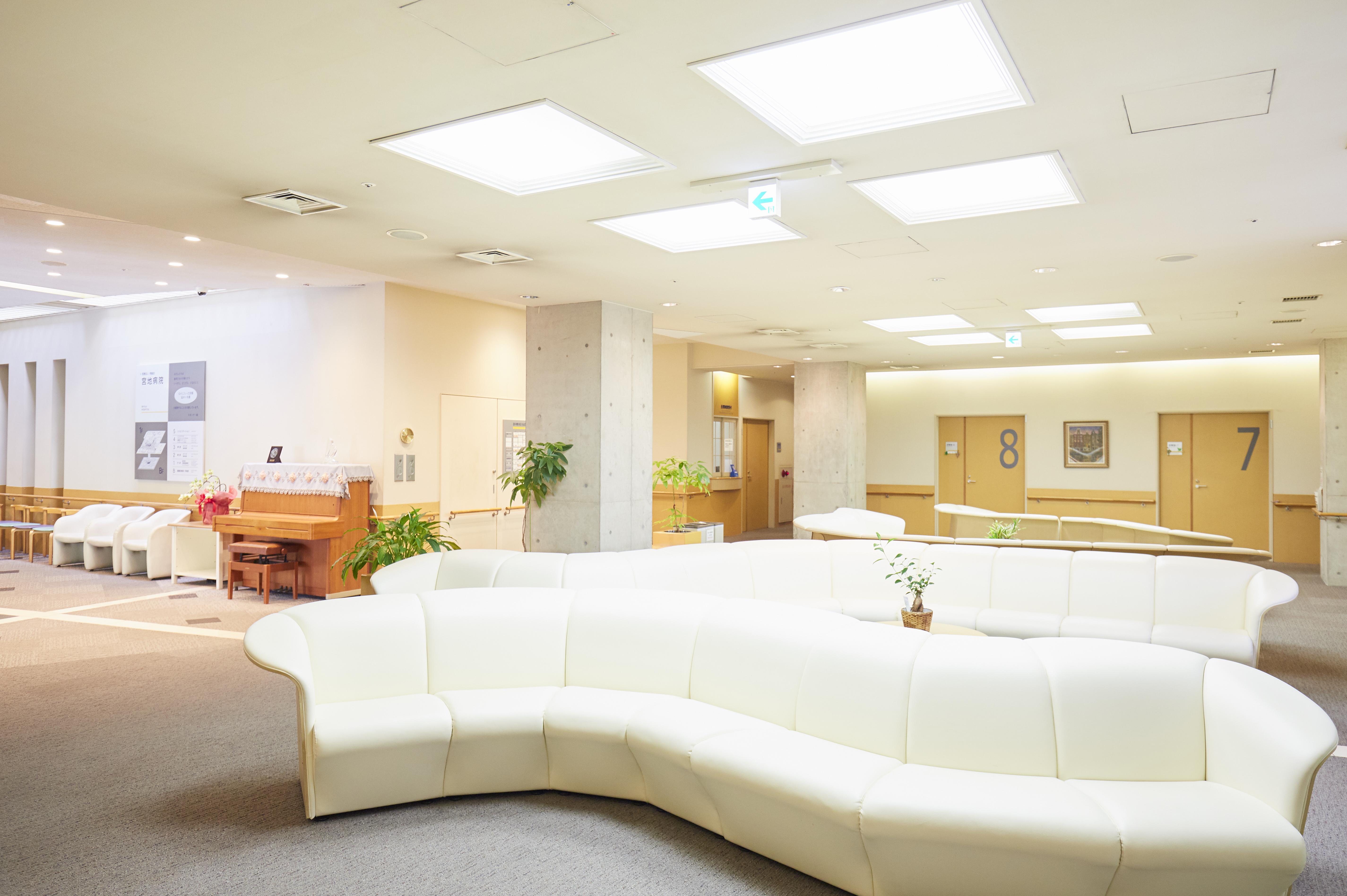 宮地病院待合室